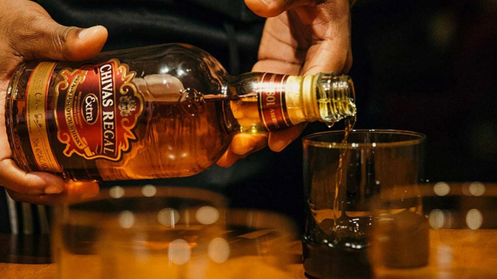 chivas-regal-whiskey-content-2017_720.jpg